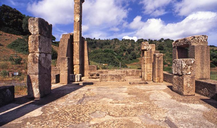 Tempio di Antas - interno - Fluminimaggiore
