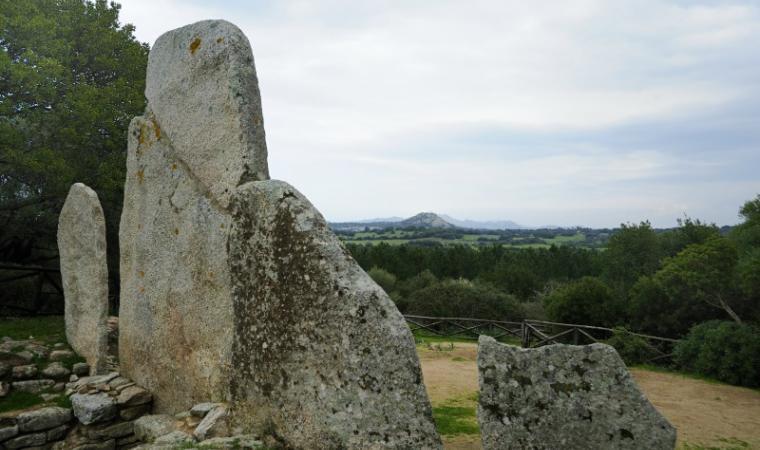 Arzachena - tomba dei giganti Coddu Vecchiu