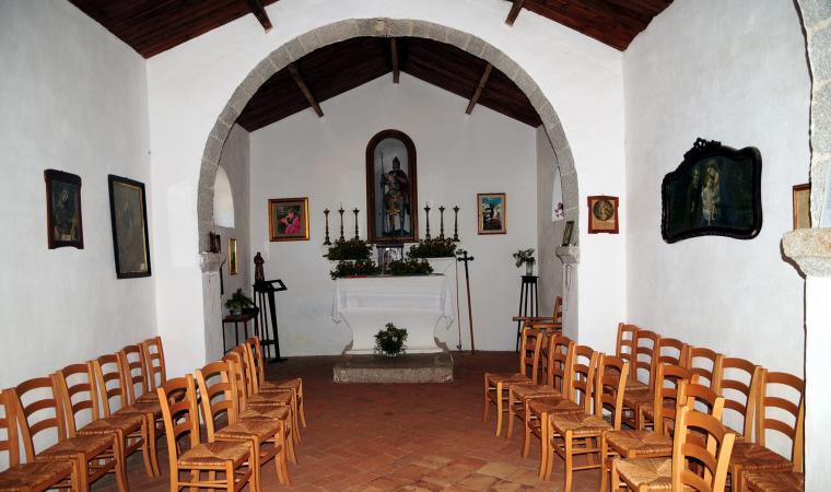 Chiesa San Giorgio interno