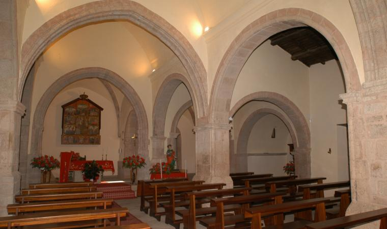 Chiesa santa Barbara, interno - Olzai