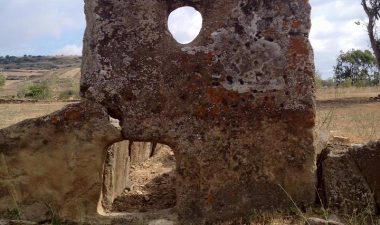 Cuaddu de Nixia, tomba di giganti - Lunamatrona