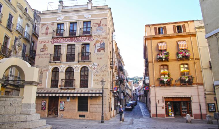 Piazza Lamarmora, Iglesias