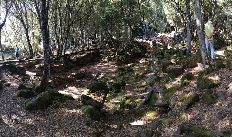 Villaggio nuragico Brunk'e s'Omu - Villa Verde