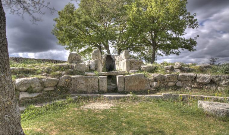 Tomba di giganti, Madau - Fonni