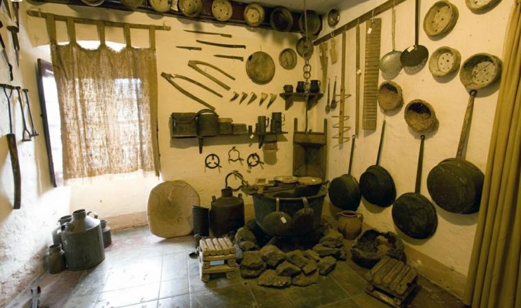 La stanza del pastore, museo Le arti antiche - Macomer
