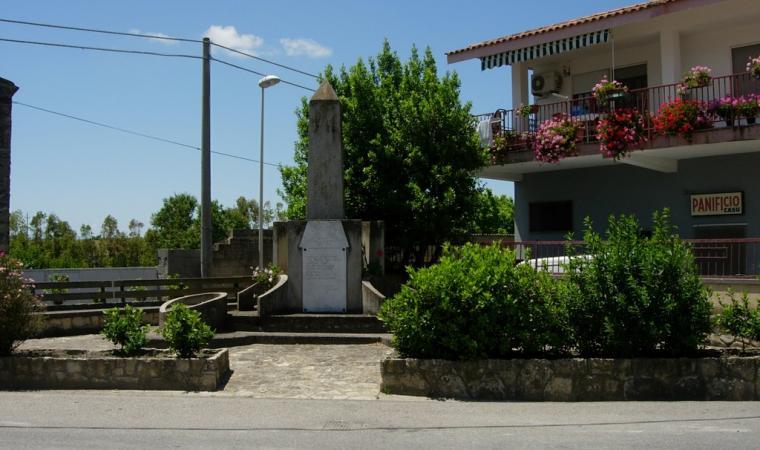 Monumento ai Caduti - Albagiara
