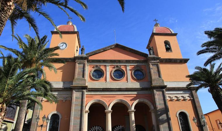 Chiesa della beata vergine Immacolata, facciata - Oschiri