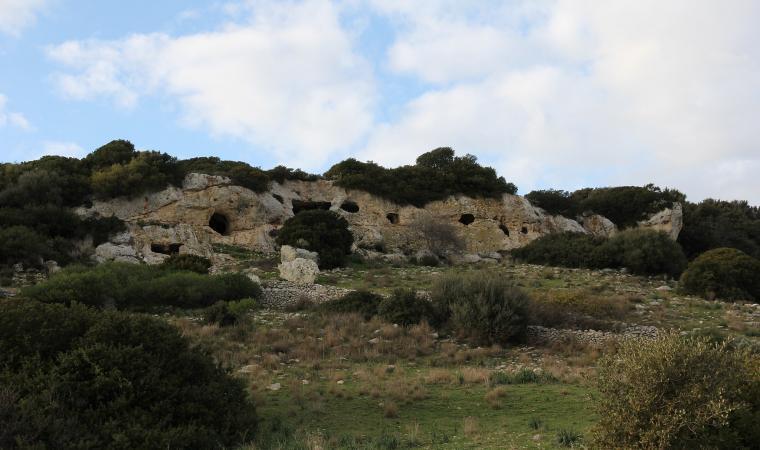 Necropoli di  Mesu 'e Montes - Ossi
