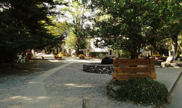 Piazzetta di san Leonardo di Siete Fuentes - Santu Lussurgiu
