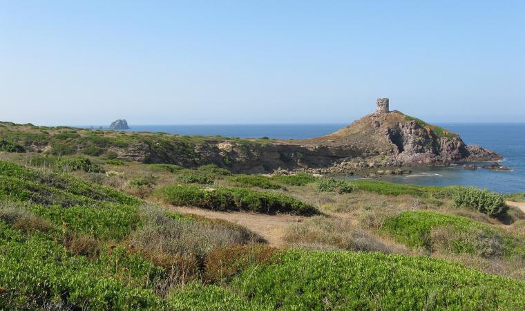 faraglioni e torre di Columbargia, Porto Alabe - Tresnuraghes