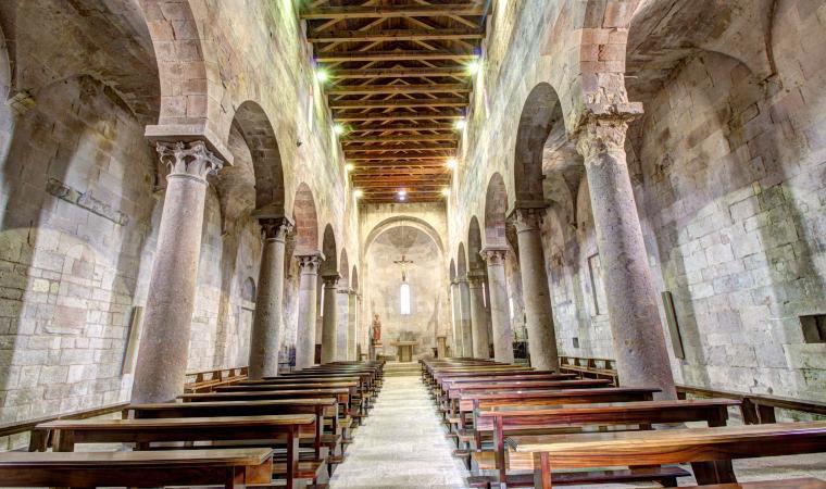 Sant'Antioco di Bisarcio, interno