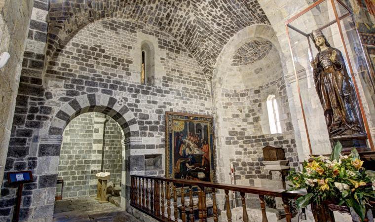 Santissima Trinità di Saccargia, interno - Codrongianos