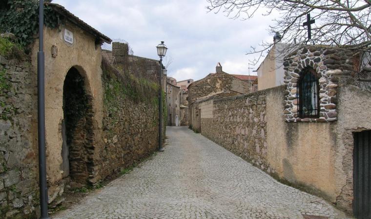 Scorcio centro storico - Meana Sardo