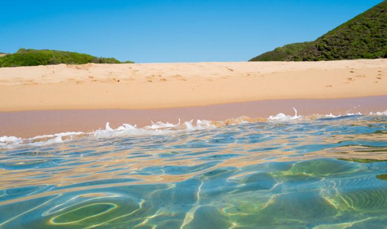 Spiaggia di Piscinas, particolare acque - Costa Verde