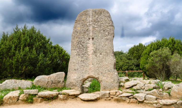 Tomba di giganti Li Mizzani - Palau