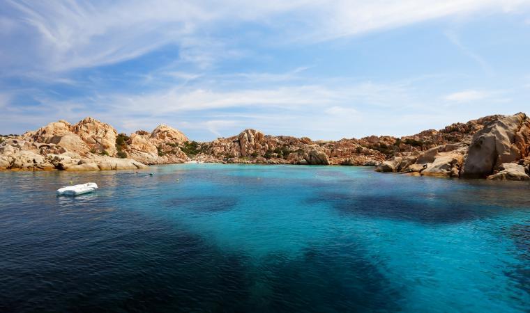 Cala Coticcio, Isola di Caprera, vista dal mare - La Maddalena