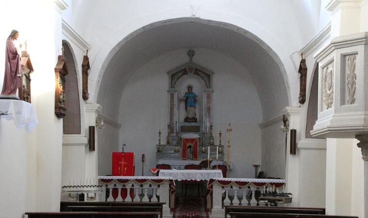 Chiesa di santa Vittoria, interno - Tissi