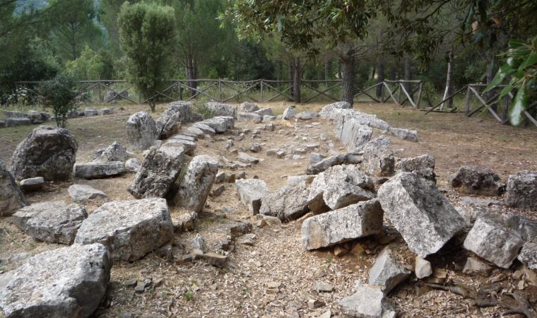 Tomba di Giganti Sanu, vallata di Truculu - Osini