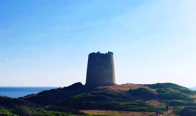 sentiero per la torre di Piscinnì