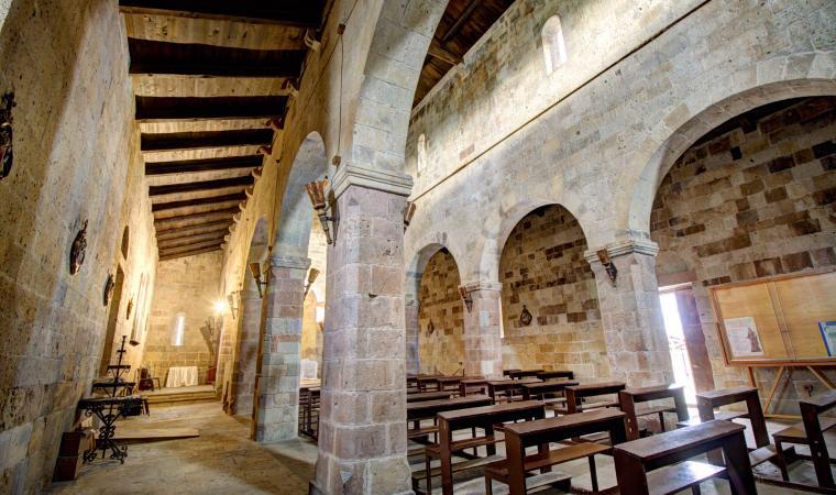 Chiesa di santa Maria, interno - Tratalias