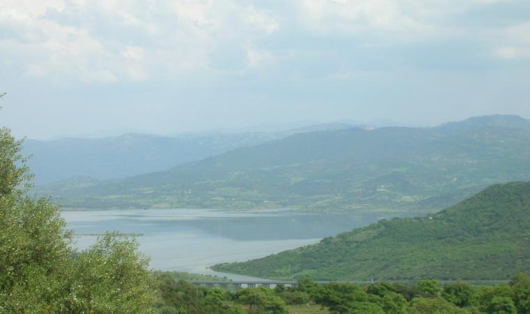 Vista dal lago Omodeo - Norbello