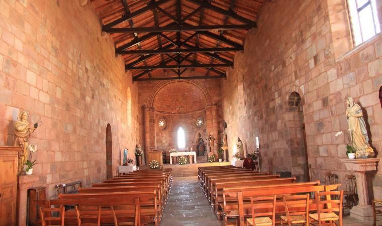 Chiesa di san Pietro, interno - Zuri