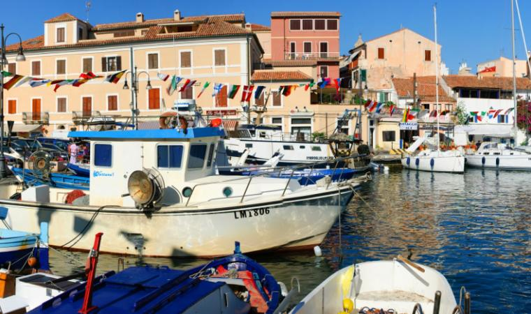 shutterstock_62569336_la_maddalena_city_sergioboccardo_resize