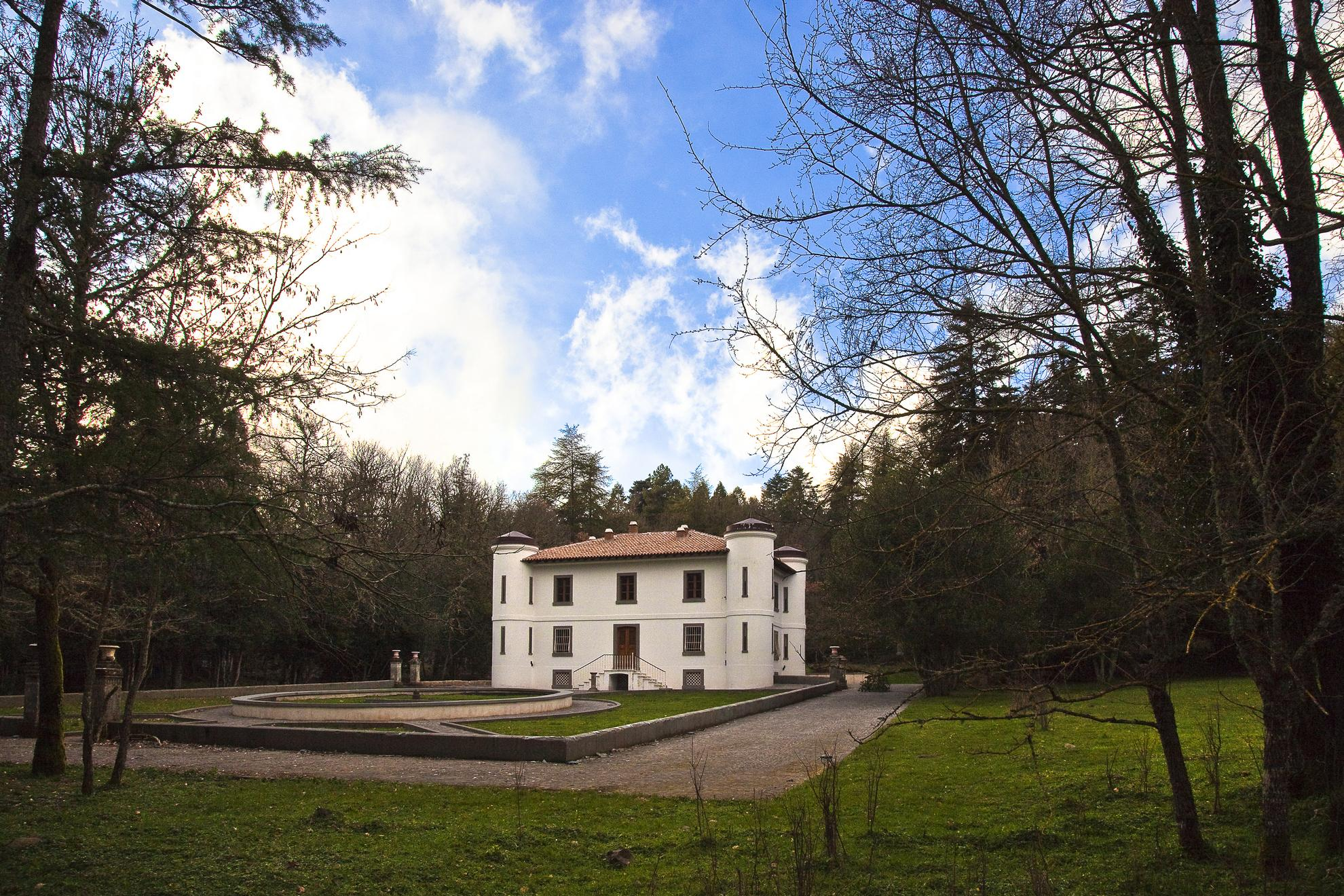 Villa Piercy Orari