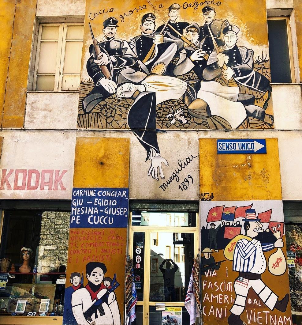 Murales Orgosolo Storia.La Voce Silenziosa Dei Murales Di Orgosolo Sardegnaturismo