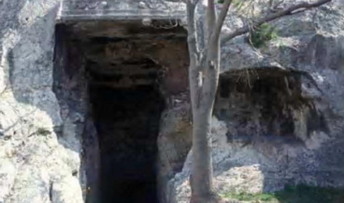 Cagliari, Grotta della Vipera