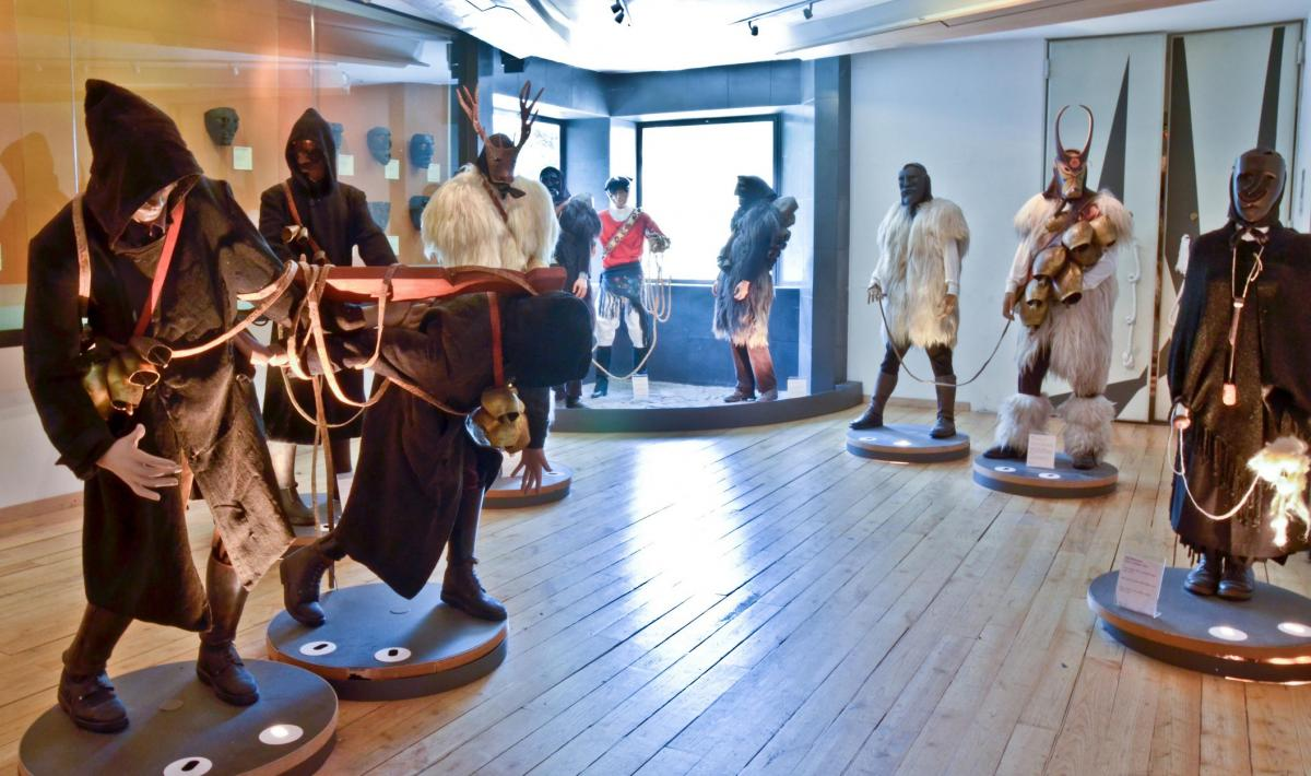 Museo maschera sala carnevale barbaricino