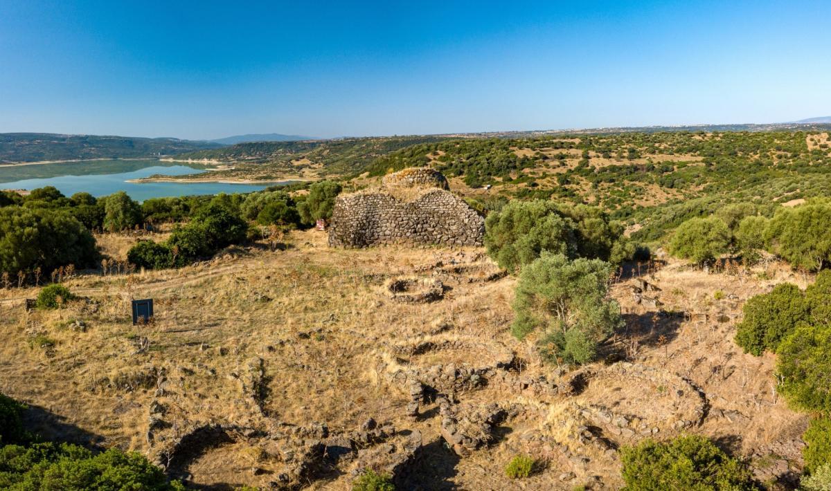 Parco archeologico - nuraghe Iloi  - Sedilo
