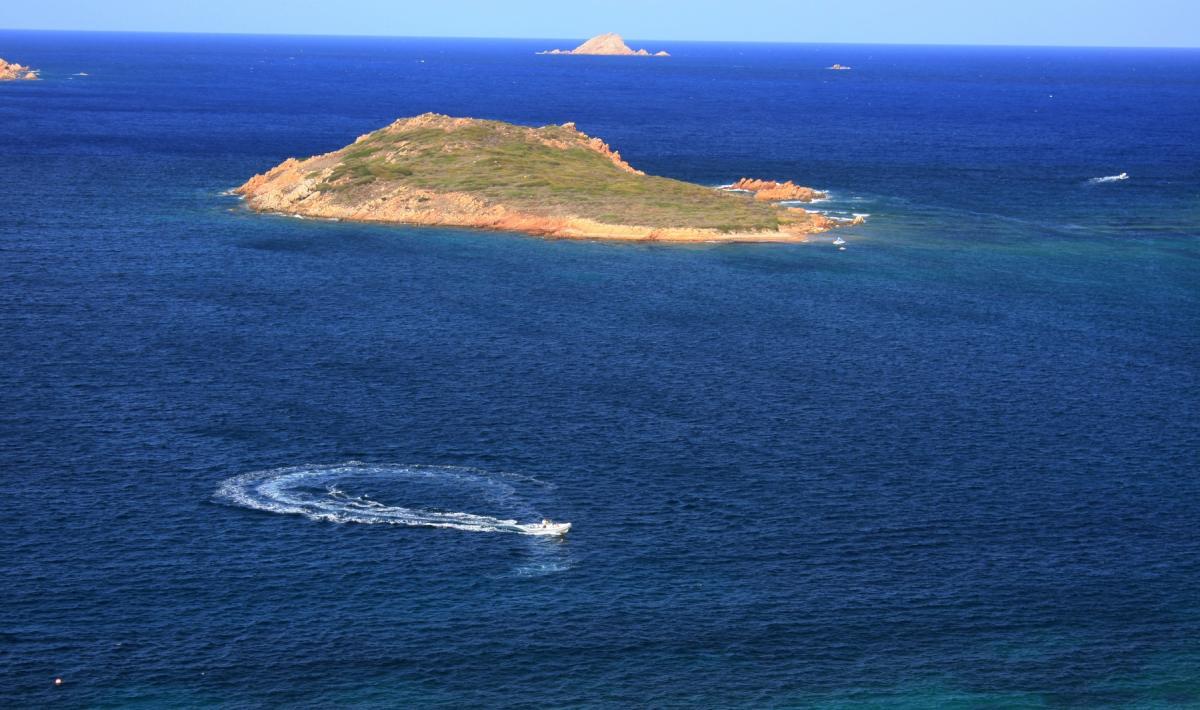 Isola Piana  e isola dei Cavalli - Loiri Porto San Paolo