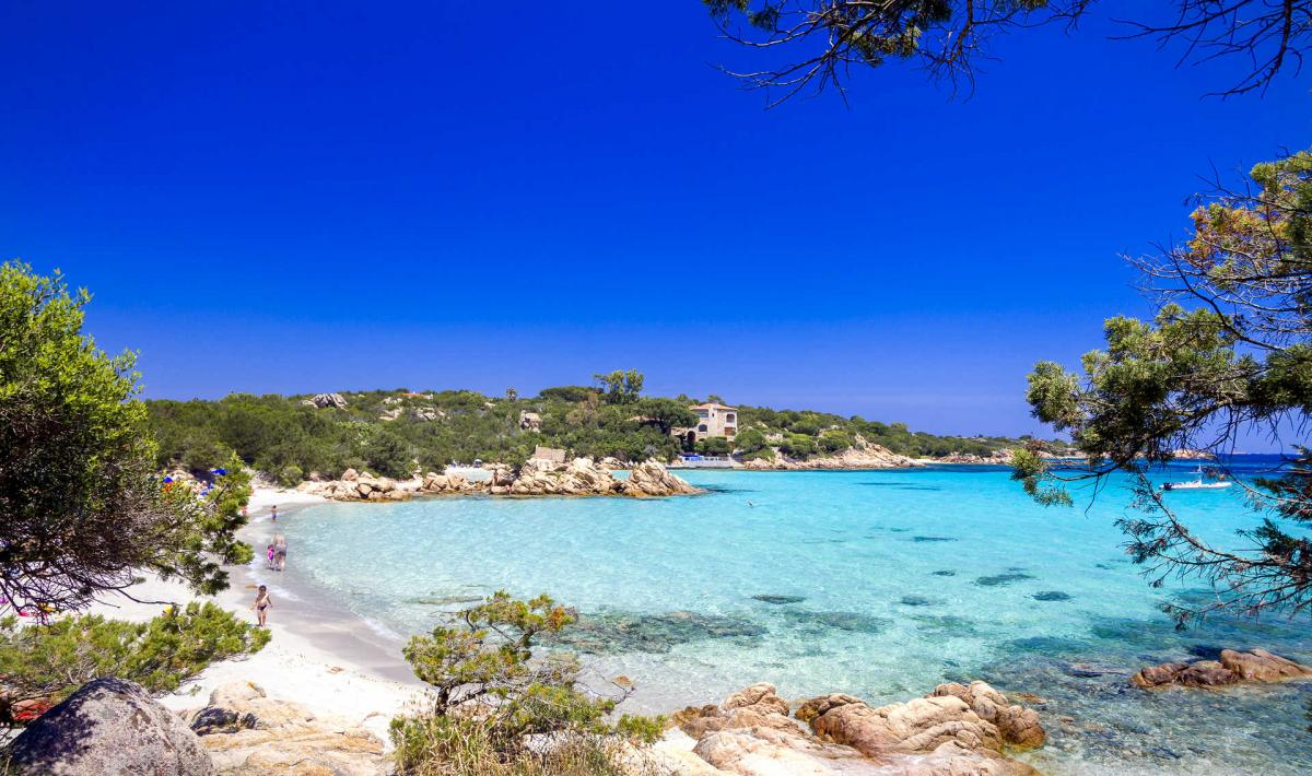 Giardino Pietra Rossa Sardegna : Arzachena sardegnaturismo sito ufficiale del turismo della