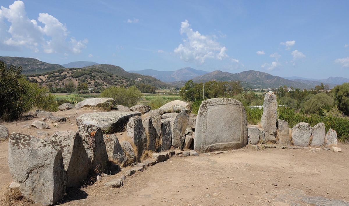 Tomba di Giganti - S'Ortali 'e su monti - Tortolì
