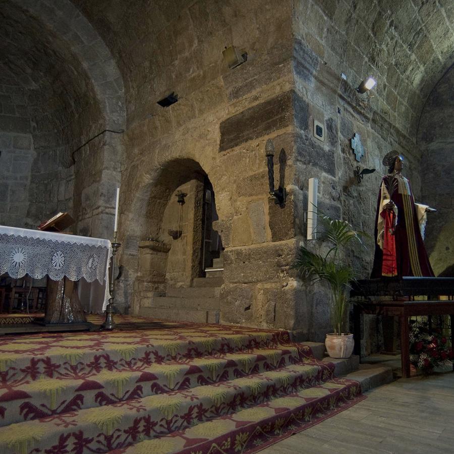 Basilica di sant'Antioco, interno