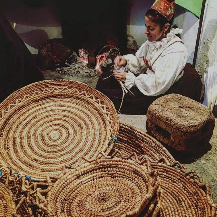 Autunno in Barbagia - Ollolai - s'iscrarionzus - cestini di asfodelo
