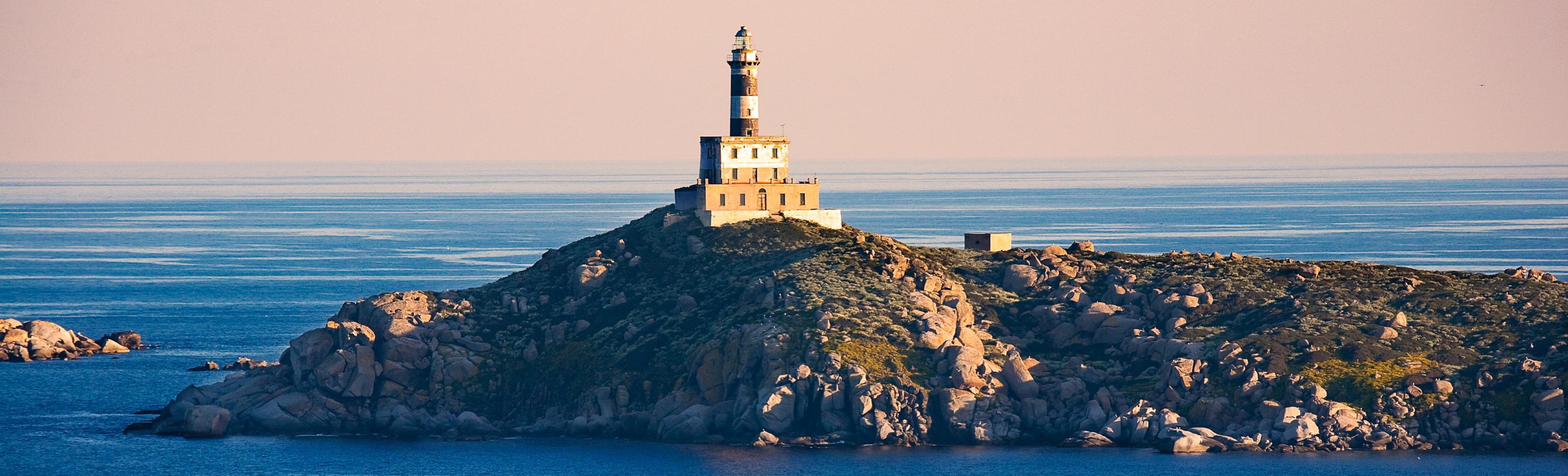 Faro, Isola dei Cavoli - Villasimius