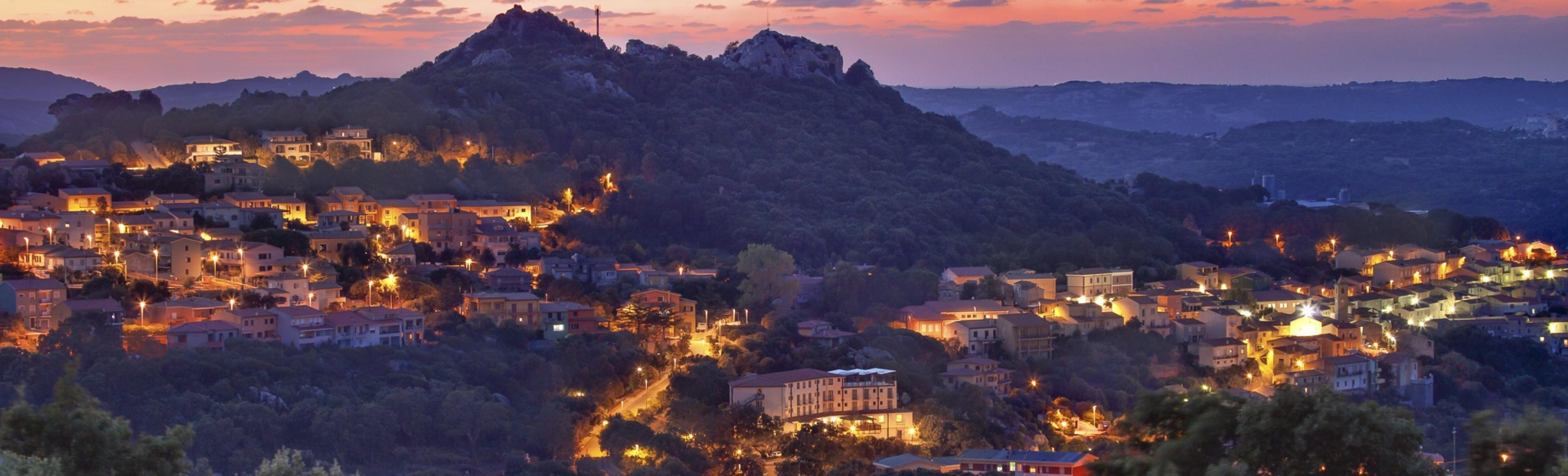 Veduta notturna di Luogosanto